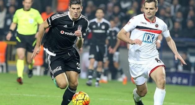 Beşiktaş'tan Muhteşem Performans