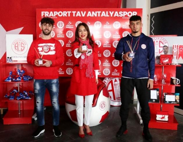 Antalya, 'Toros' ve 'Akdeniz' kokacak