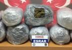Aracında 44 kilo esrar bulunan doktor tutuklandı