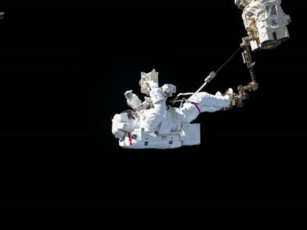 Astronotlar Uzay Yürüyüşünde Ne Hissediyorlar?