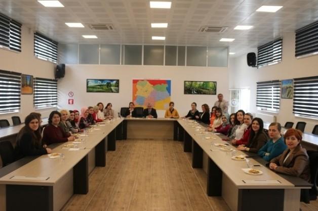 İl Özel İdaresi Genel Sekreteri Eser, Kurumda Görevli Kadınların Gününü Kutladı