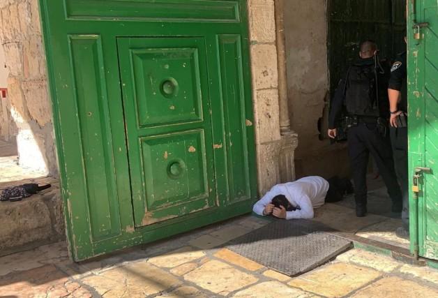 İsrail polisinin eşlik ettiği binden fazla fanatik Yahudi, Mescid-i Aksa'ya baskın düzenledi