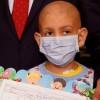 Kanser hastası öğrenci erken karne sevinci yaşadı