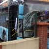 Özel halk otobüsüyle minibüs çarpıştı: 2 yaralı