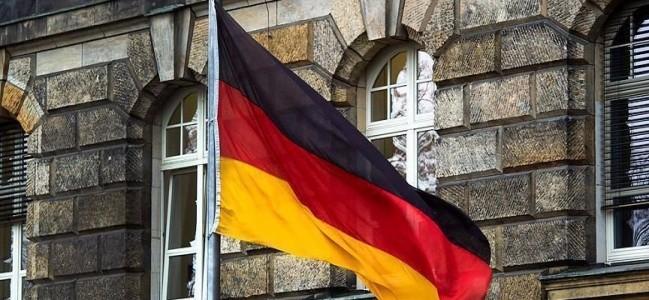 Almanya 4 FETÖ'cü askere sığınma hakkı mı tanıdı?