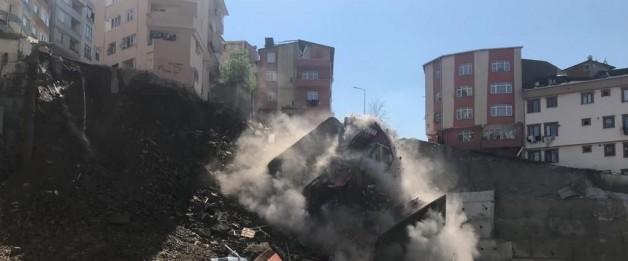 SON DAKİKA: Kağıthane'de bina çöktü